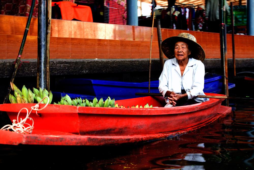 Bangkok-river-market